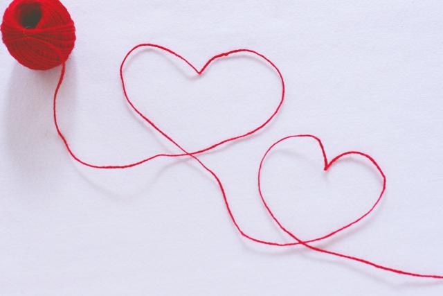 バレンタインのお返しで彼女が貰って嬉しい贈り物ベスト6