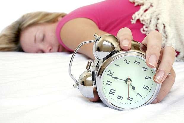 朝起きれない人の原因と対策!病気?特徴は目覚ましが聞こえない!