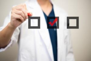 20代の乳がん検診の内容や検査費用は?何歳から受けるべき?