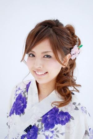 【浴衣髪型】簡単なセミロング編み込みや黒髪アップのやり方と動画