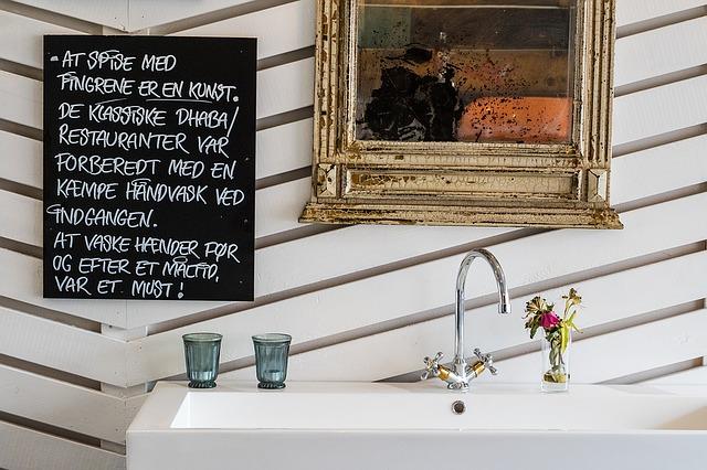 【トイレ掃除】ピンクや黒カビの原因と対策方法4選