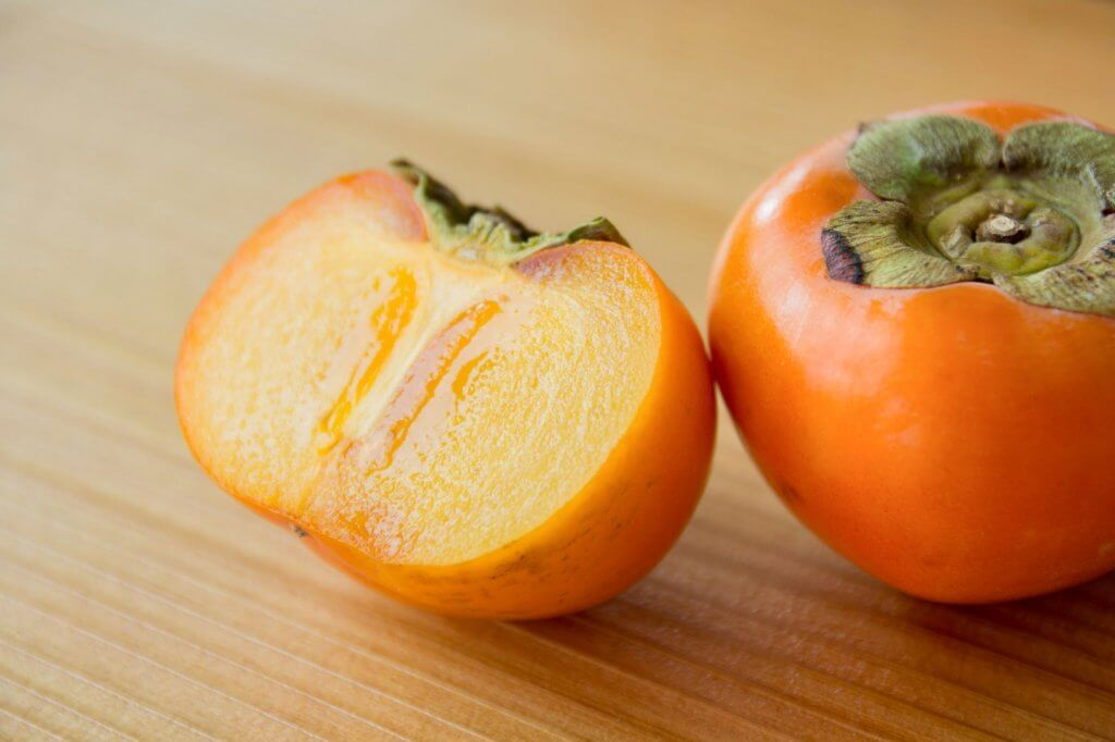 美味しい柿の見分け方やコツは3つ!販売柿はヘタが重要なのはなぜ?
