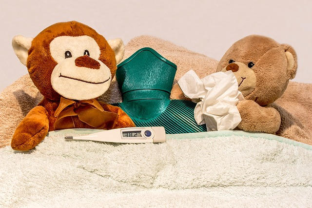 夕方や夜になると熱が上がる理由と対処法!時間帯や病気も原因なの?