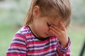 背中やお腹の赤いブツブツの原因と対処法!痒くない時と痒い発疹の違いとは?